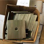 Özelleştirilmiş süper dubleks s32205 (f60) paslanmaz çelik kare plaka yıkama / raptiye