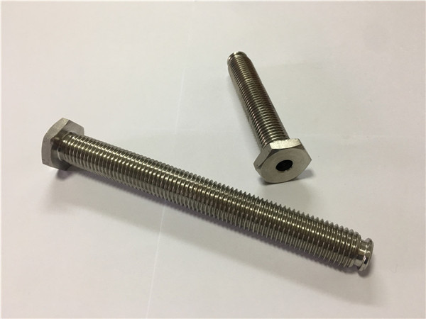 titanyum bağlantı elemanları tedarikçiler satış ti6al4v gr5 titanyum bijon veya diğer donanım