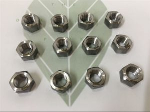 Dubleks 2205 A182 F51 UNS S31803 EN1.4462 altıgen cıvata DIN933 bağlantı elemanı