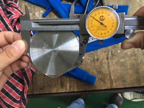 S31803 Altıgen Kapaklı Vida Boyut Testi